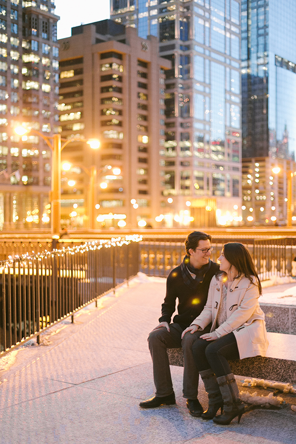 20131218_KRAH_CL_city-love-photography-engagement-chicago_1.jpg
