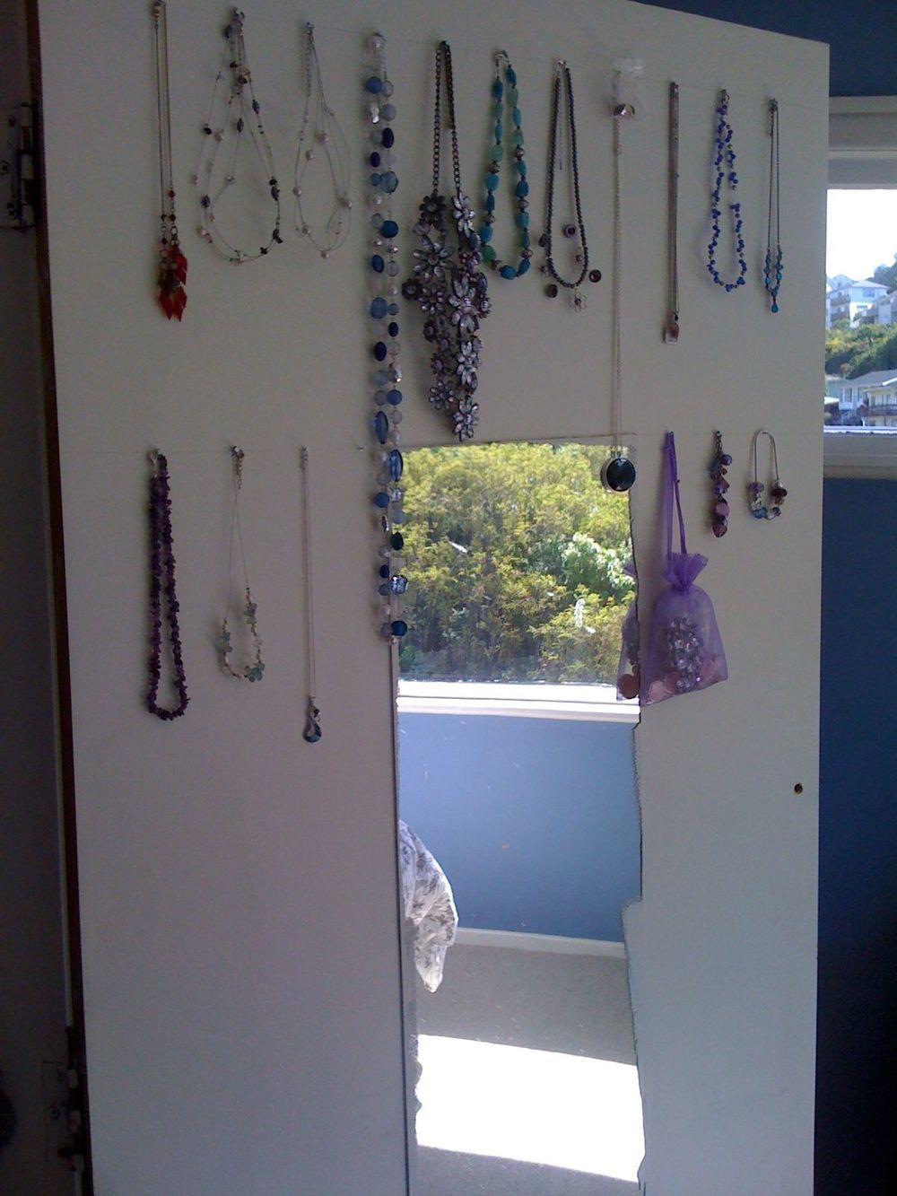 Jewellery organiser.jpg