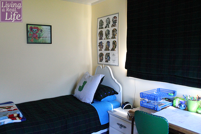 Jesse's completed bedroom.