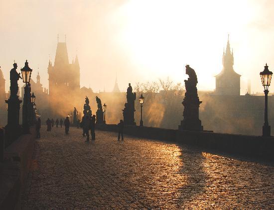 Prague_charles-bridge.jpg