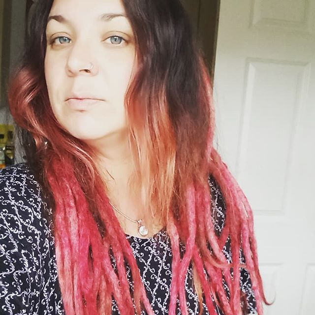 It took me many hours over 4 days to remove all my dreads. I've ended up saving quite a lot of hair considering, it's just super frizzy and dry. I took out 234 grams of hair! #dreads #dreadlocks #removal #cut #comb #crochethook #dreadynomore
