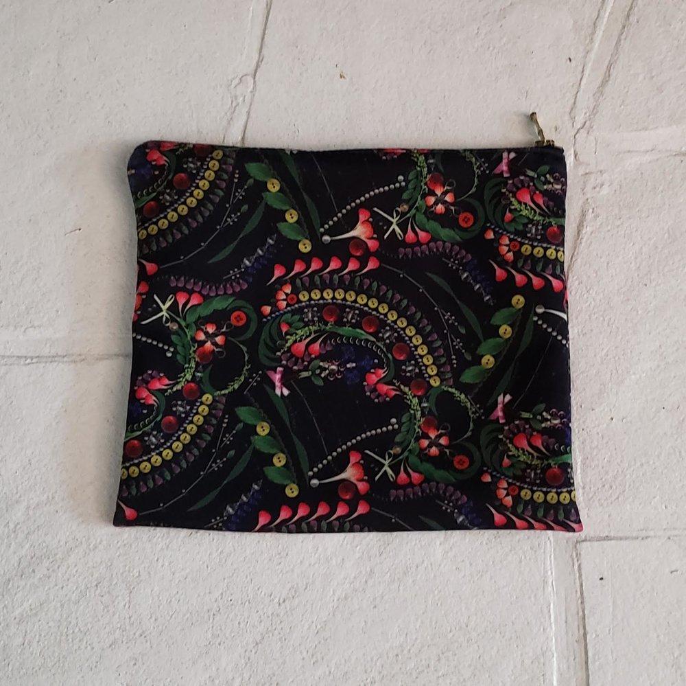 cynthia rowley neoprene pouch $8