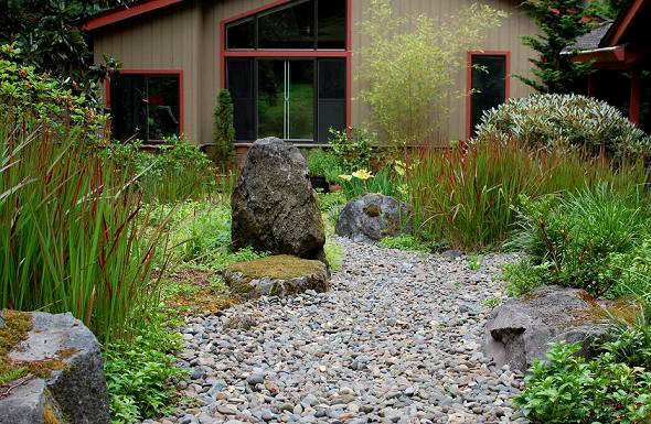 Portland landscape featuring boulder groupings.