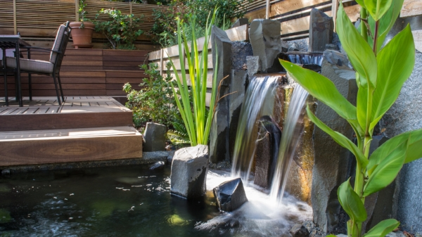 modern-water-feature.jpg