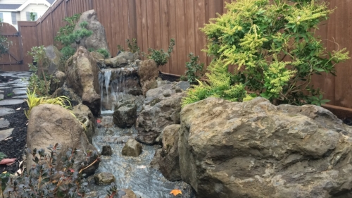 small water feature in portland oregon