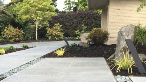 Portland landscape lights oregon outdoor lighting ross nw modern path light by hinkley aloadofball Image collections