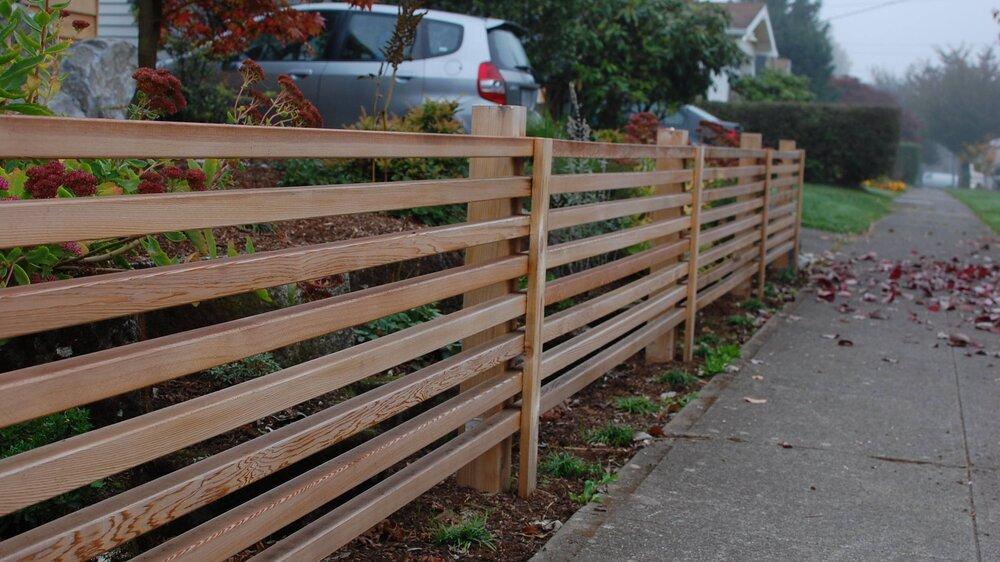 horizontal-cedar-fencing-pdx.JPG
