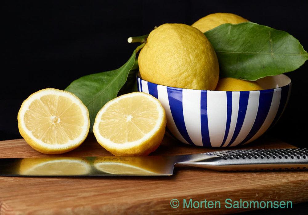 Lemons, up-close