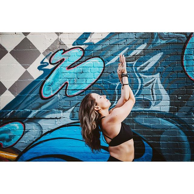 SO fun to work with this yoga badass recently and capture her in her Denver surroundings before venturing off to SF for her next phase of life. Congrats @denellejarro , Denver will miss you!