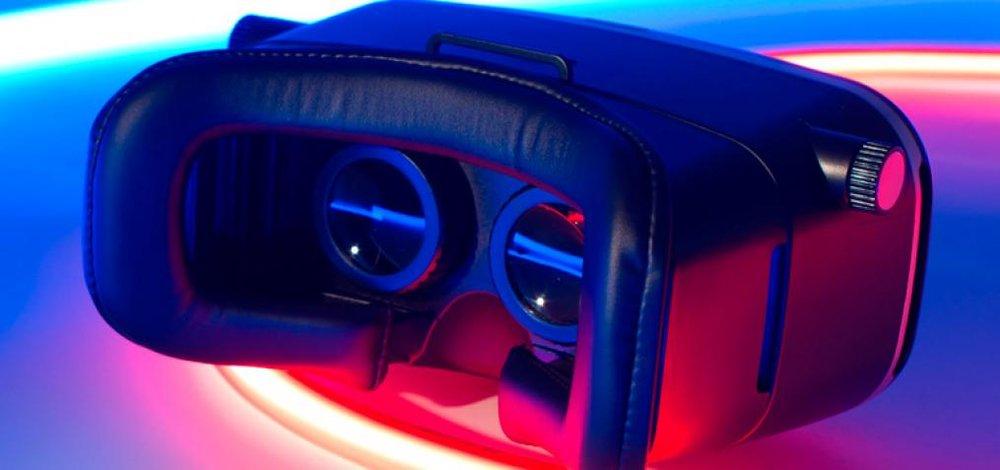 vr-virtual-reality-headset-future-gaming.jpg