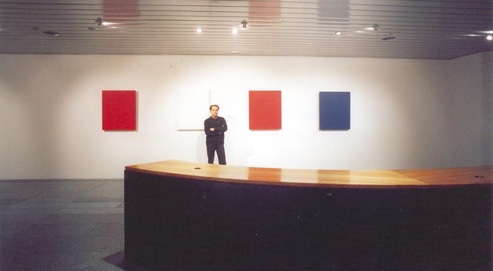 L'artista nella galleria di Chiasso (2006)
