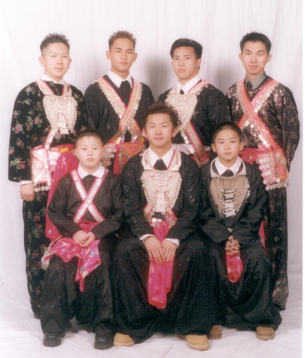 20020115-boys-1_2001.jpg