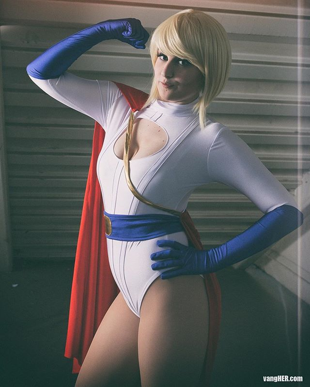 Power up! Powergirlby @coldcandle  #powergirl #dc #coldcandle #vangherphotography #vangher