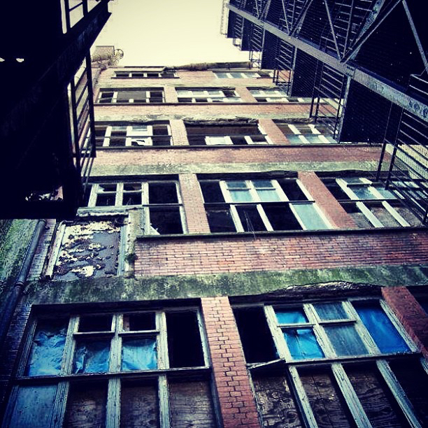 THE PRINTWORKS HASTINGS | GOTHAM ALLEY.jpg