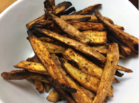 Sweet potato fries from EatFresh.org recipe cooked by Family Health Center Medical Director, Lydia Leung.