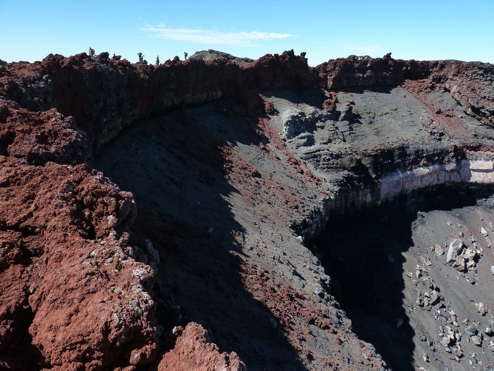 The Summit Crater Of Mount Doom