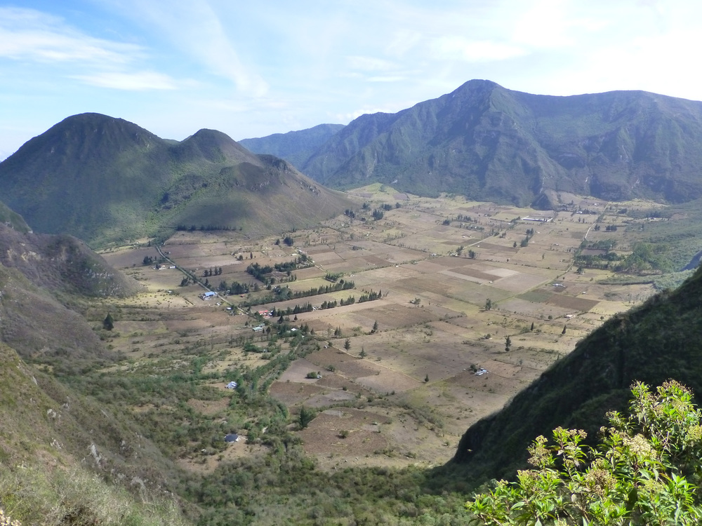Pululahua Crater