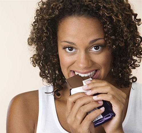 Woman-eating-chocolate.jpg