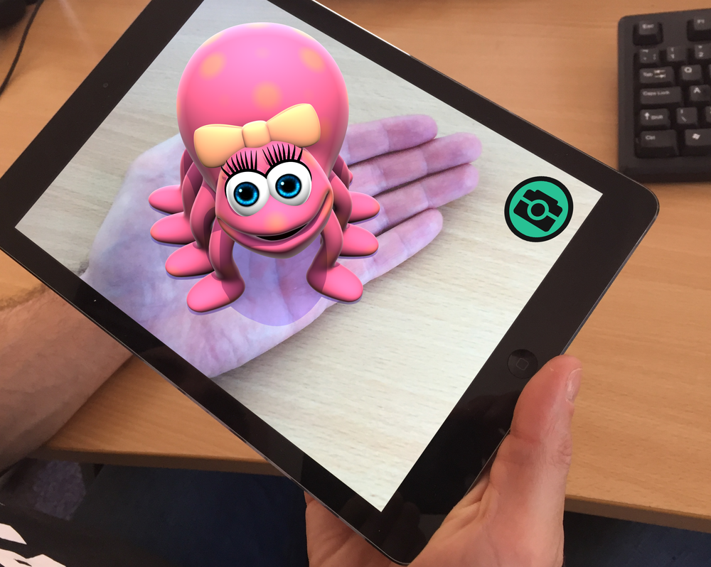 Towards the end of the app you will be able to have a tarantula in your hand instead of Itsy. Don't worry, we won't show you that here.