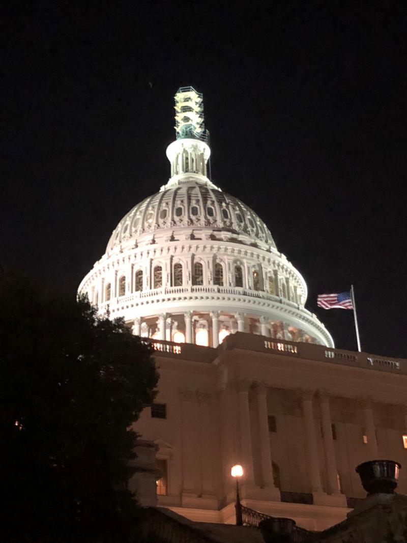 There isn't a quieter, more intimate prayer-closet I know,  than Capitol Hill on a balmy evening in the wee hours, just one-on-One  with the Father.
