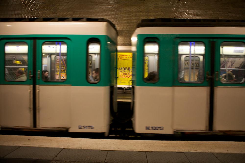 Trains in Paris