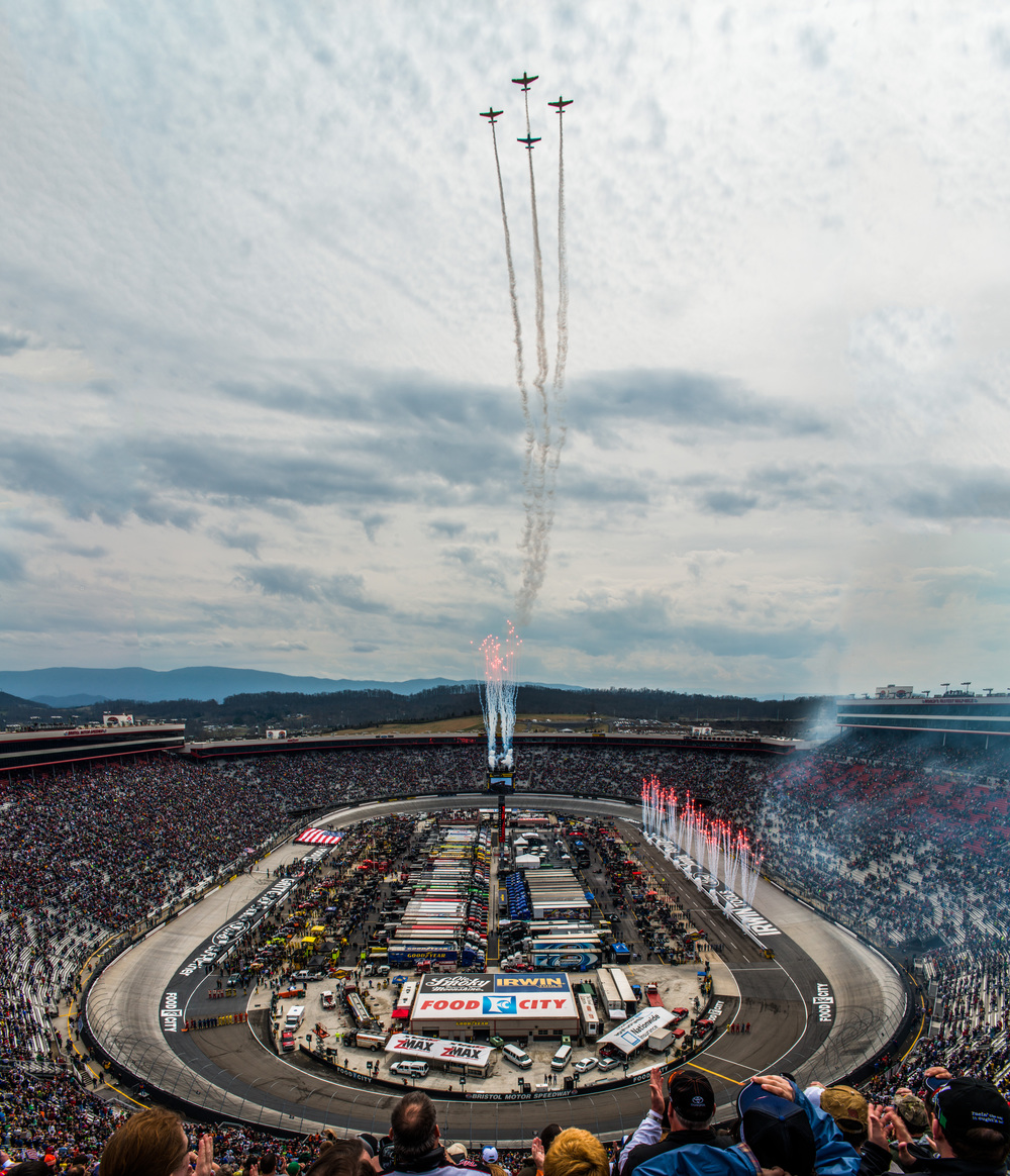 Food City 500 fly over (1 of 1).jpg