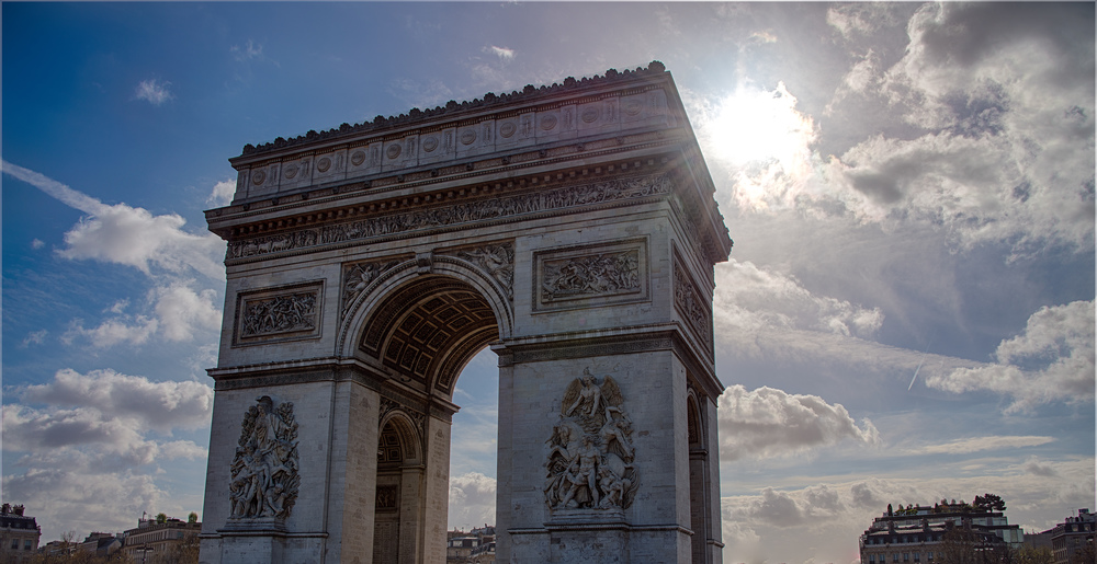 First L'arc de Triomphe (1 of 1).jpg