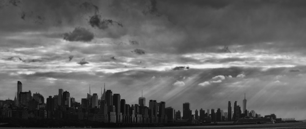 NYC Black and White Skyline.jpg