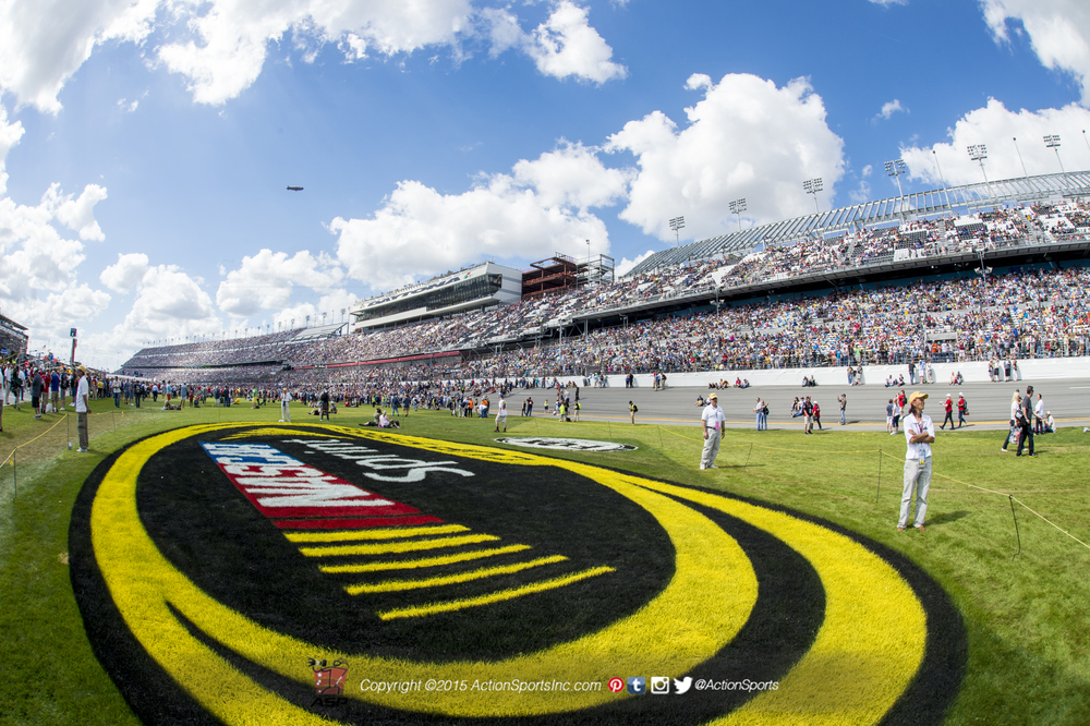 A fisheye view of the stands before the commencement of the Daytona 500 2015