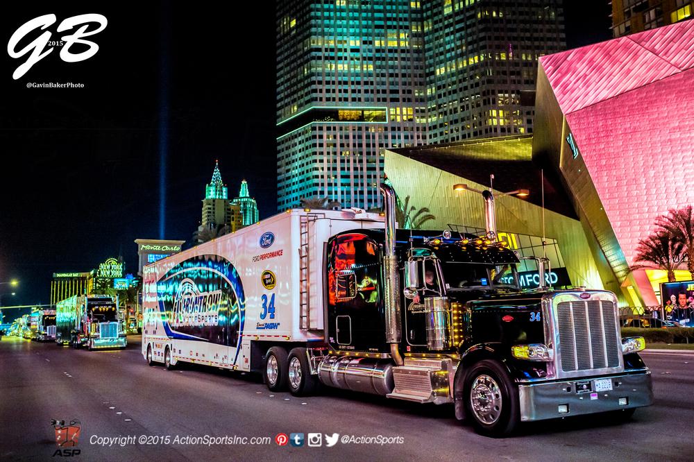 2015 NASCAR rolls into Sin City