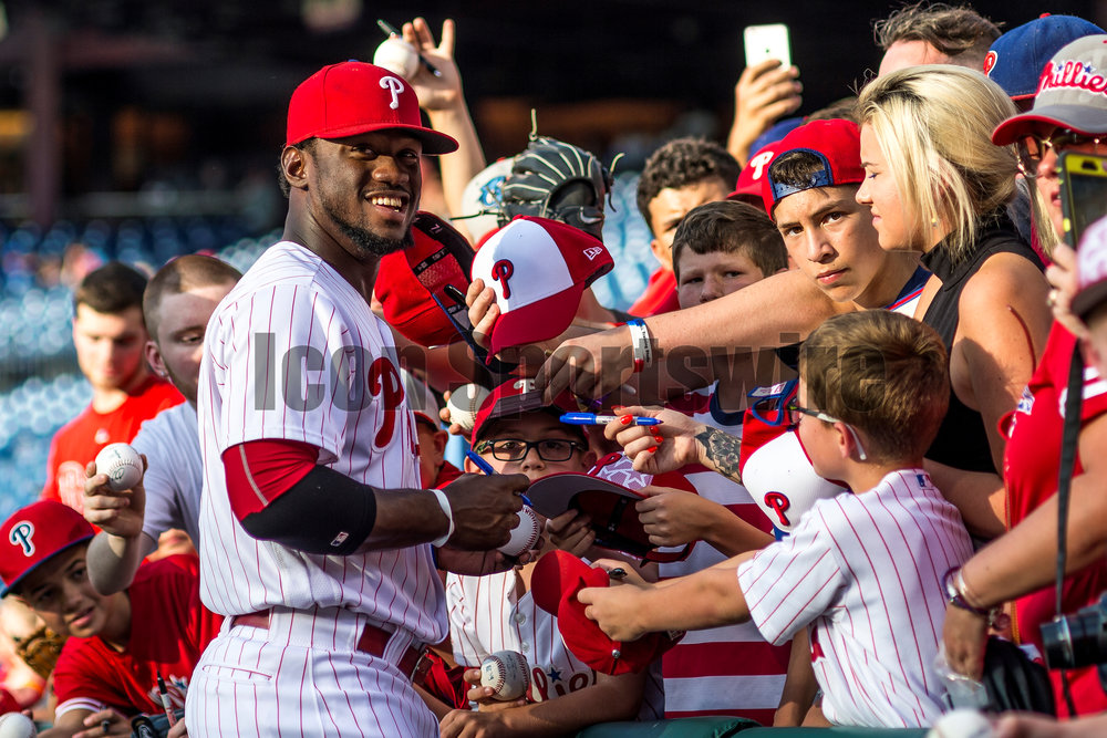 5 July 2016: Philadelphia Phillies center fielder Odubel Herrera (37) signs baseballs for fans before the Major League Baseball game between The Atlanta Braves and the Philadelphia Phillies played at Citizens Bank Park in Philadelphia, PA. (Photo by Gavin Baker/Icon Sportswire)