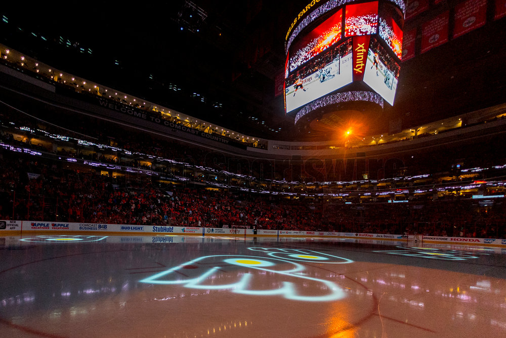20 April 2016: The Flyers logos floats across the ice at the beginning of the third period during the NHL playoff game between the Philadelphia Flyers and the Washington Capitals played at the Wells Fargo Center in Philadelphia, PA. (Photo by Gavin Baker/Icon Sportswire)
