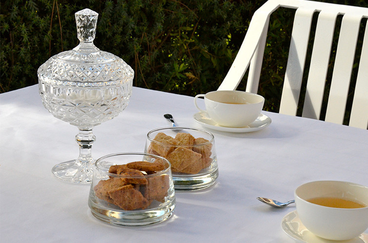 maison-camedda-delizii-biscuits-artisanaux-corses-vin-blanc-noisettes-ajaccio-8.jpg