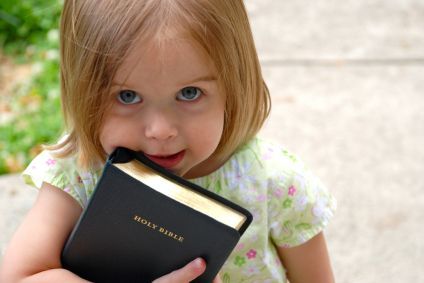 littlegirl-bible.jpg