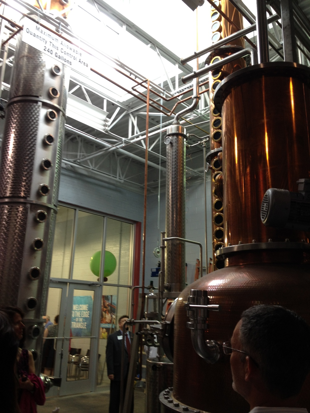 Topo Distillery begins manufacturing local organic liquor on Franklin Street
