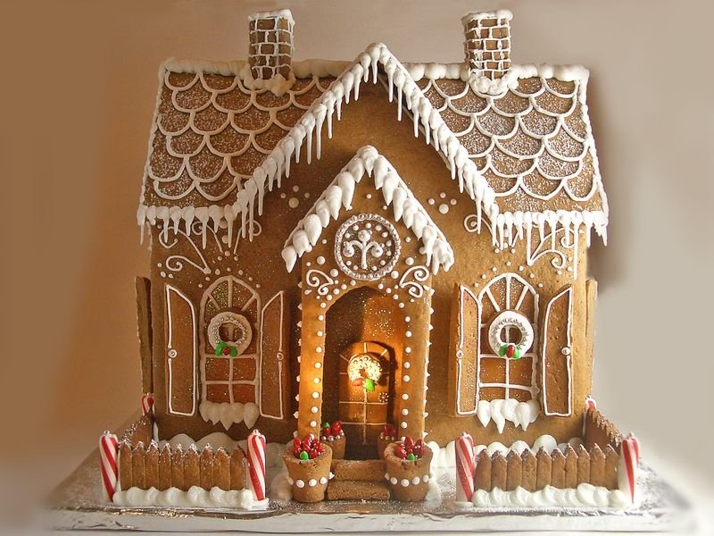 make your own gingerbread house - Decorate Your Own House