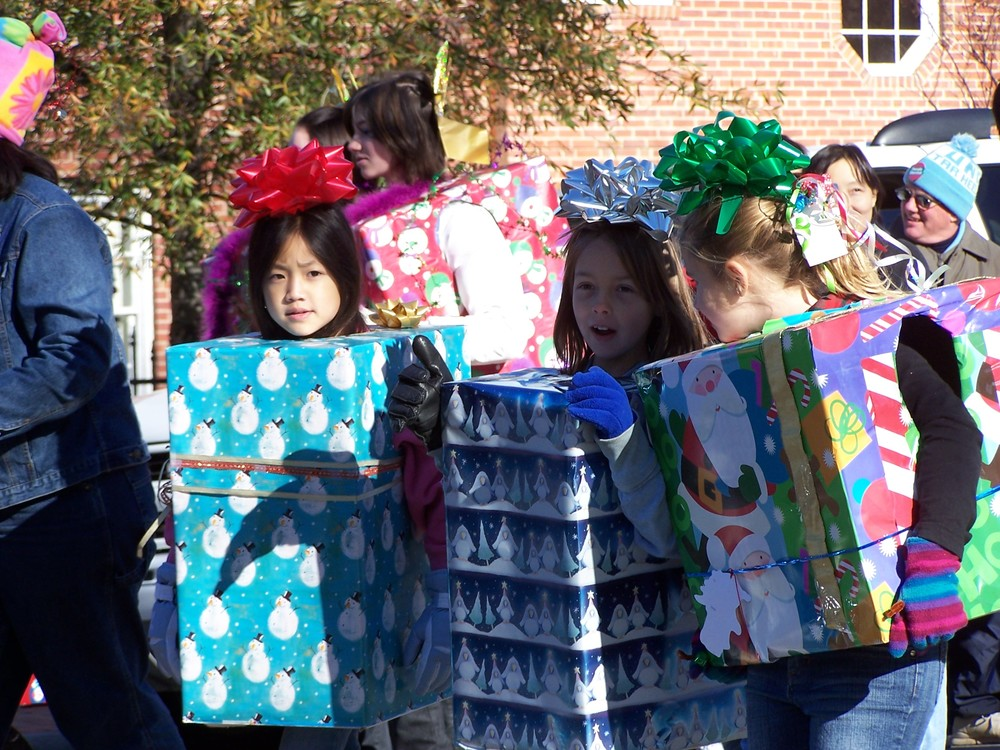 Toys For Tots Volunteer : Ways to help orange county toys for tots u downtown chapel hill