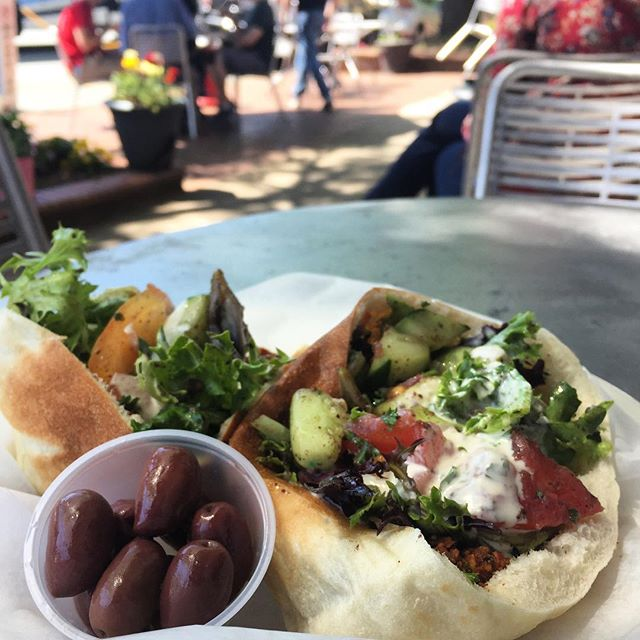 Perfect day for enjoying sidewalk dining at @mediterraneandeli! #franklinst #downtownchapelhill #meddeli