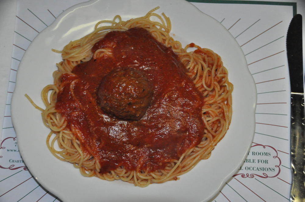 Regular Size Spaghetti with Meatball
