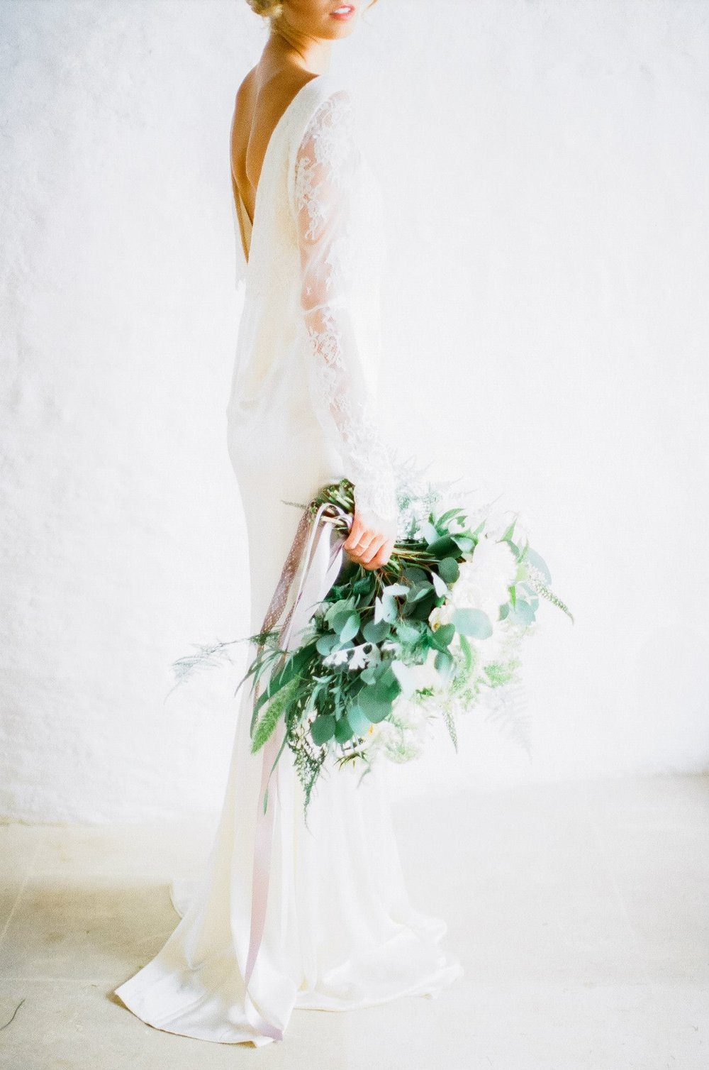 Thyme Barn Editorial With Jessie Thomson and Katie Julia