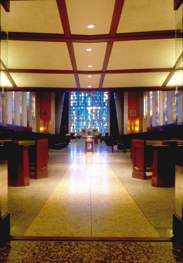 St-Albert-Chapel-Sanc-Furn091.jpg