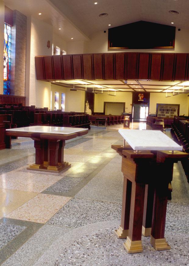 St-Albert-Chapel-Sanc-Furn121.jpg