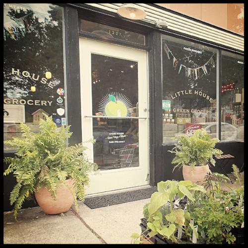 summer+storefront.JPG