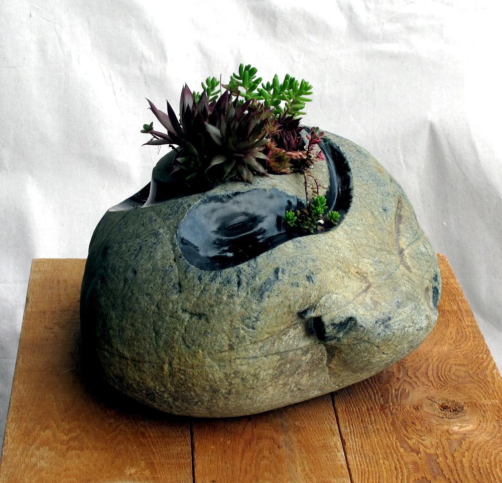 YY planter 3.jpg