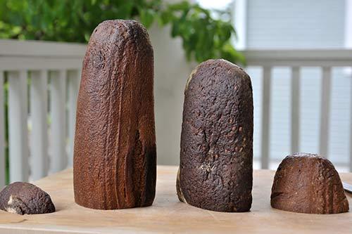 rye-bread-loaves