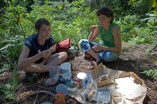 mirror-lake-picnic