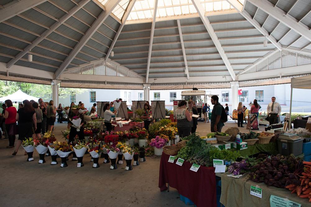 Lloyd farmers market.jpg