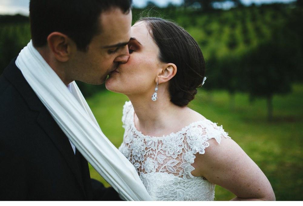 MORGANROBERTS_ROBBIEANDBEC_BYRONBAY_WEDDING_068.jpg