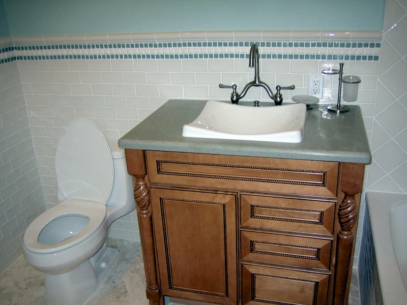 bathroom006.jpg