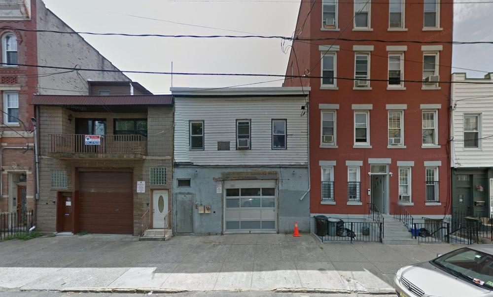 3rd St_existing facade.jpg